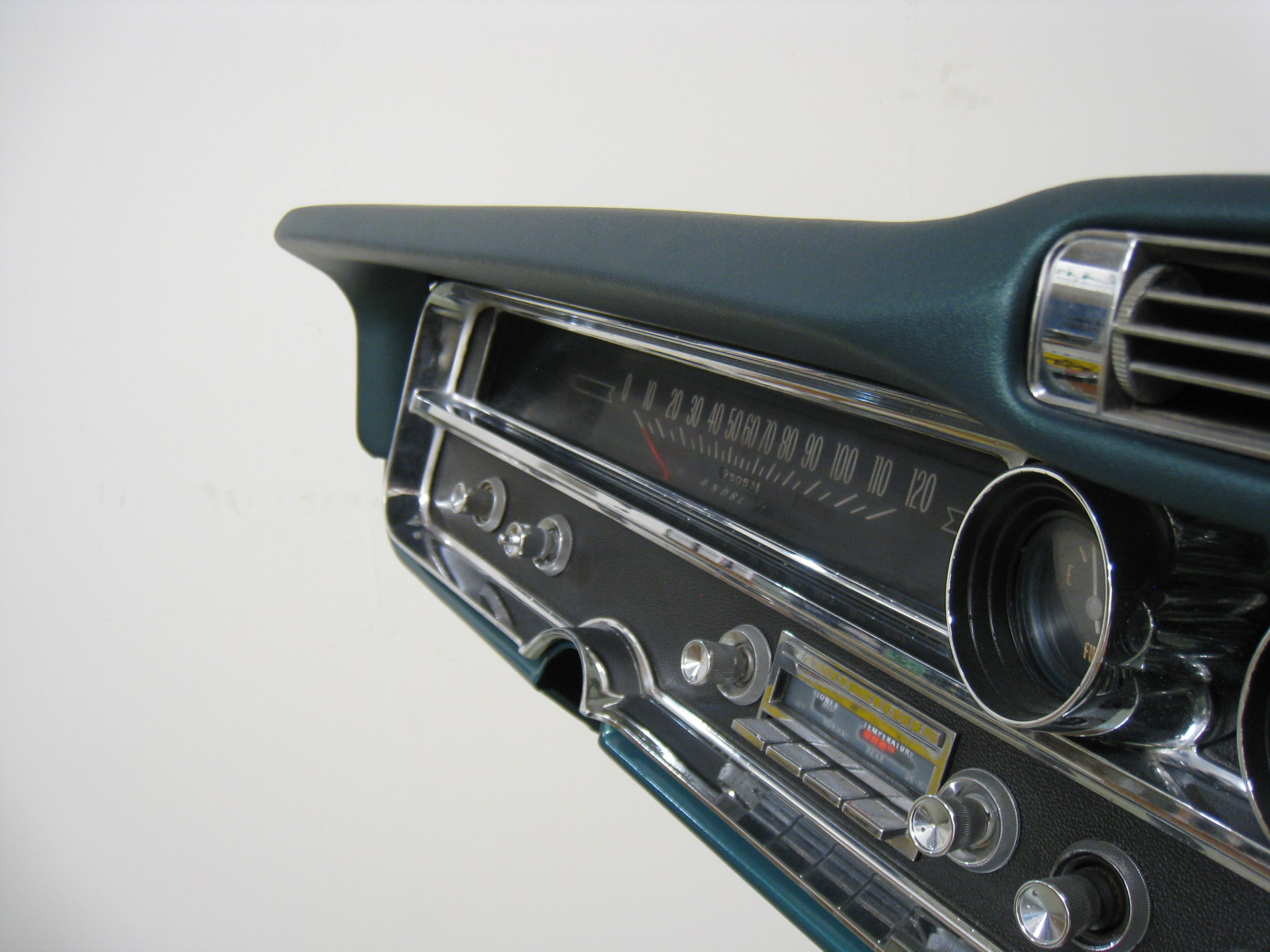 Rd Autoline Welcome To The Company For Those That 1960s Pontiac Gto Dash 1965 Bonneville Ac Dashboard Img 4692