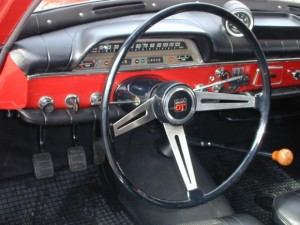 1968_Volvo_122_For_Sale_Dash_2_resize
